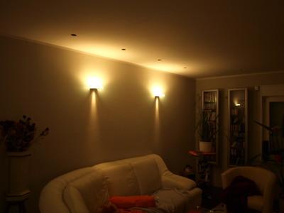 wandleuchten in einem wohnzimmer wandleuchten wohnzimmer. Black Bedroom Furniture Sets. Home Design Ideas
